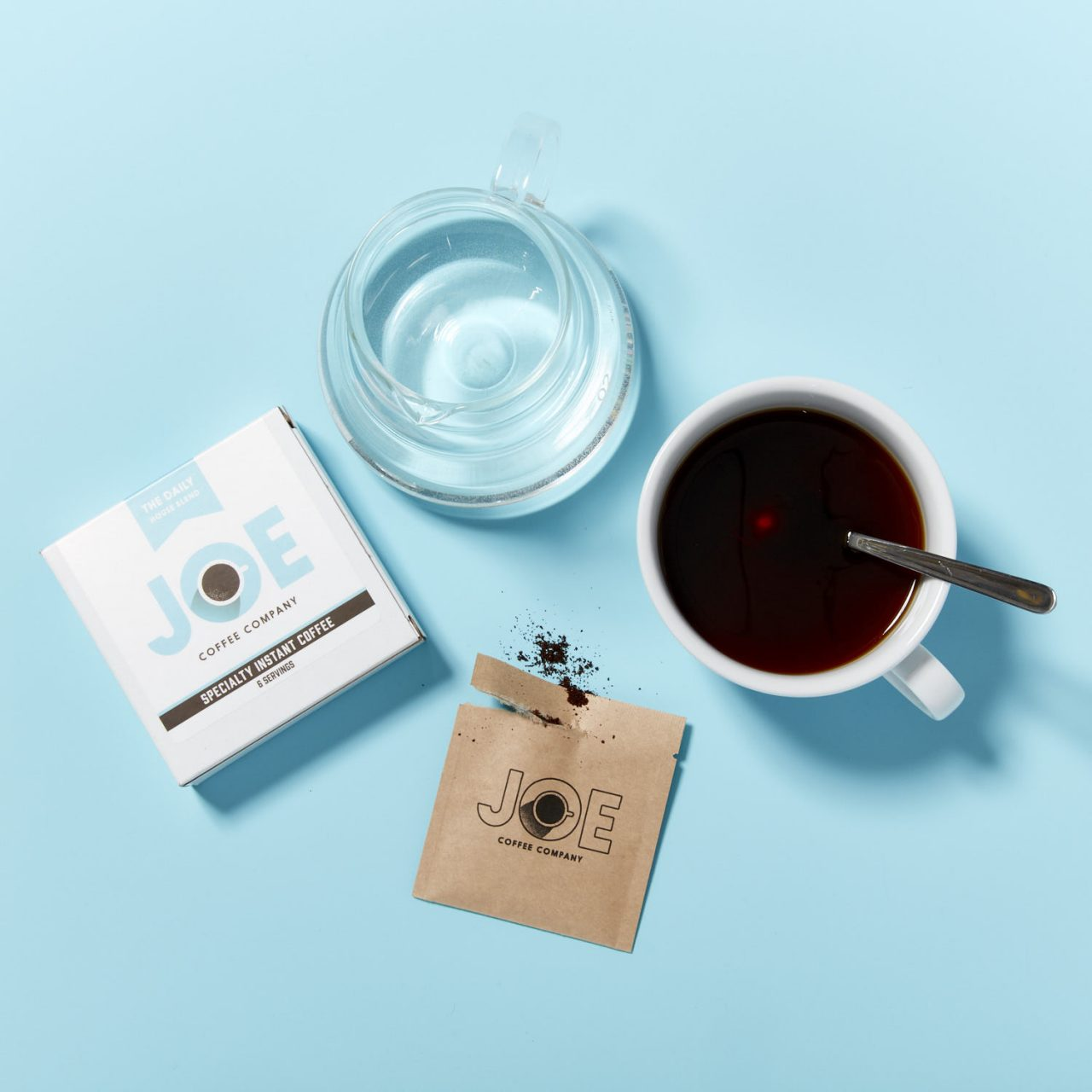 Specialty Instant sachet with brewed coffee
